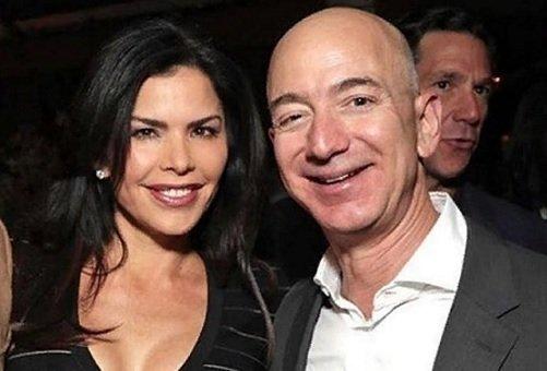 WSJ сообщила, что компромат на главу Amazon продал брат его любовницы